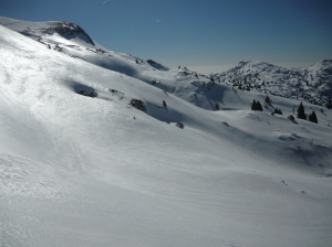 Neve immacolata andando verso l'antro delle Mate