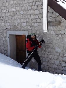 Casera della Valle Friz nei due giorni di trekking attorno al Col Cornier