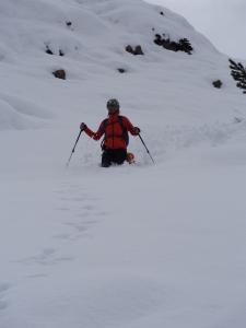 Tanta neve fuori traccia scendendo dal Jof di Somdogna