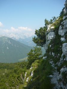 Dietro la cima, vista verso la Val Cellina