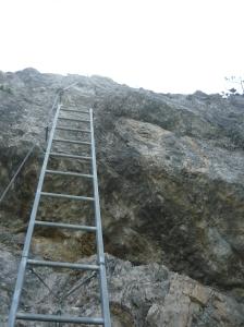 Scaletta quasi verticale