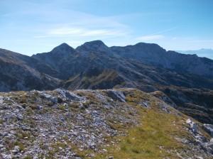 Cima Valgrande e sullo sfondo le cime del gruppo del Cavallo