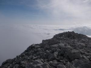 Il mare di nuvole verso la pianura