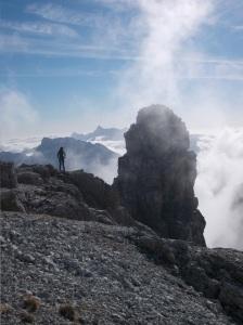 Dalla cima Sfornioi Nord, la cima Sfornioi di Mezzo