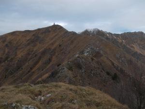 La cresta che porta al Cuarnan