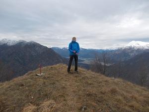 Giovanni sulla cima del Tre Corni, 1048 metri slm
