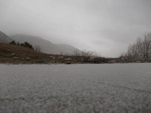 """La """"lama"""" ghiacciata e sullo sfondo il Col Cornier"""