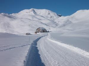Rifugio Sennes, 2116 metri slm