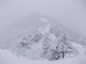 La dorsale del Monte Lupo che scendo verso Predaia