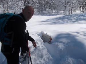 Il bivio prima di scendere a Pian delle More. Tanta neve!