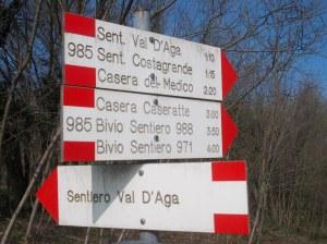 Tabelle presso il santuario di Madonna del Monte (Aviano)
