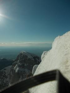 Lungo la cresta Sud-Est, salendo verso la cima