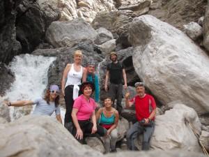 Il gruppo lungo il rio De Raudelin