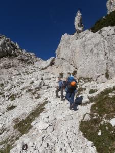 Salendo verso il Bivacco Gorizia