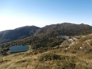 Lungo il sentiero Gerometta (933), il Sauc e il Col Cornier