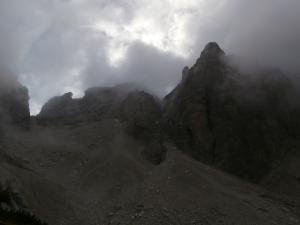 Fra le nuvole nel Van de Caleda