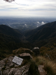Fuori dalla ferrata, vista verso la valle San Liberale e la pianura veneta
