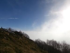 Salendo le nuvole lasciano spazio al sole