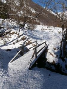 Ponticello lungo la passeggiata alla sorgente Tornidor