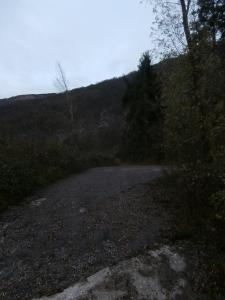 Tornante e inizio del sentiero