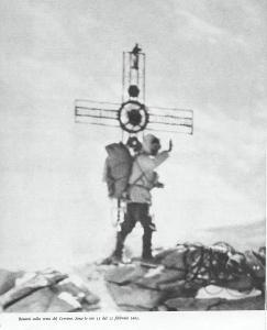 Walter Bonatti sulla cima del Cervino