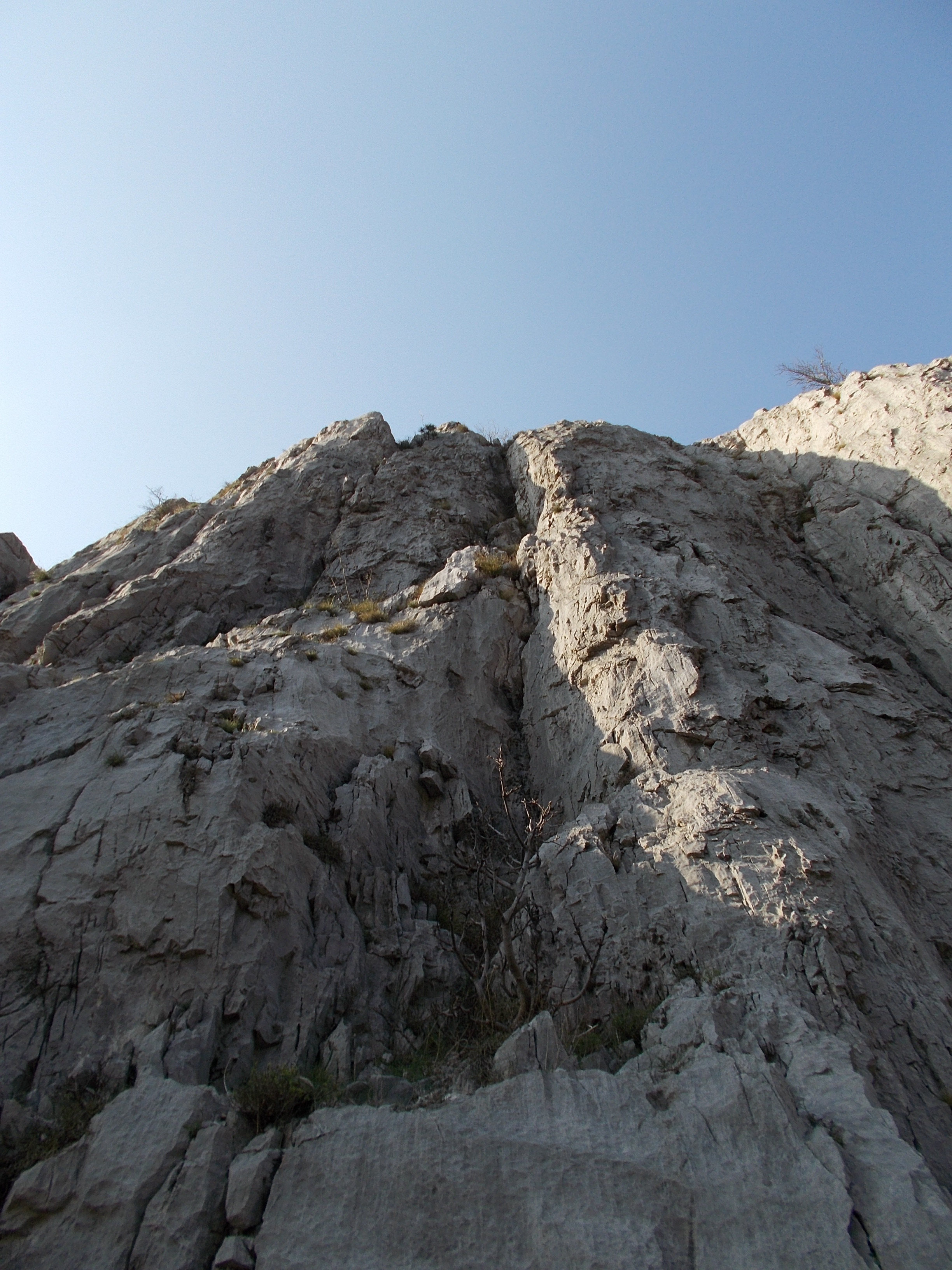 Una giornata ad arrampicare in Val Rosandra  RITORNO ALLE ORIGINI
