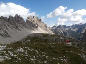 Valle Monfalcon di Forni, bivacco Marchi Granzotto