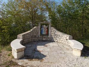 """Mosaico lungo la """"via di Maria"""""""