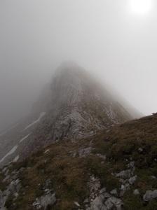 La cresta che porta alla cima del monte Caulana