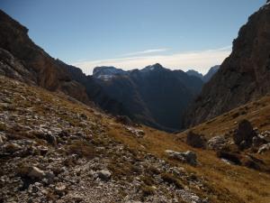 Dalla forcella delle Pregoane, vista verso Sud: il monte Pinzat