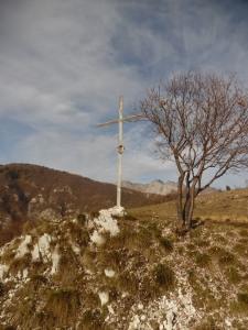 La prima croce sulla dorsale