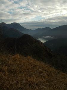 Vista verso il lago di Barcis e il Raut