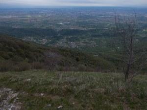 Vista dall'alto di Polcenigo durante un rientro