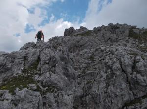 Salendo lungo la cresta