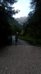 Inizio lungo la strada nella Val Pramper