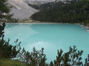 Il magnifico colore del lago