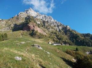 Rifugio Pian de Fontana e cime di Bachet