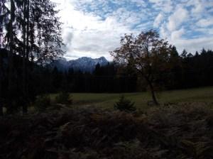 Ultimo sguardo ai monti prima di salire in macchina