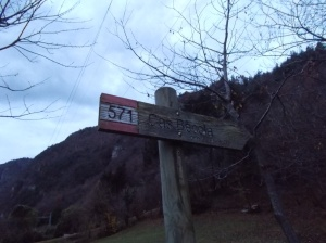 Inizio del sentiero CAI 571