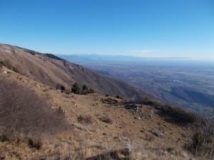 Lì, distanti, le meravigliose Alpi Giulie
