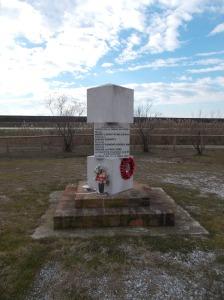 A memoria delle truppe inglesi che qui combatterono a fianco dei partigiani